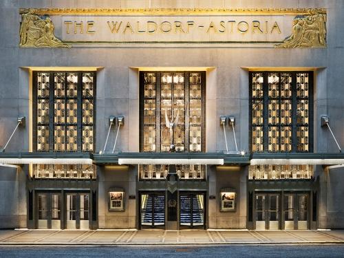 FF_HOK_WaldorfAstoriaEntry_MIchaelWeber